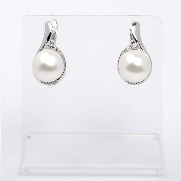 Silver earrings with natural white pearls Sabina