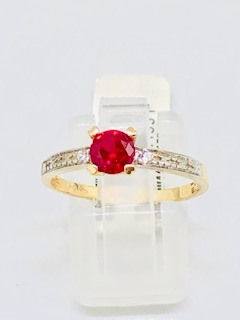 Rose gold ring with CZ Sunset