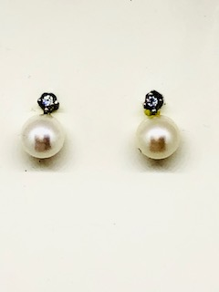 White gold pearl earrings Roberta
