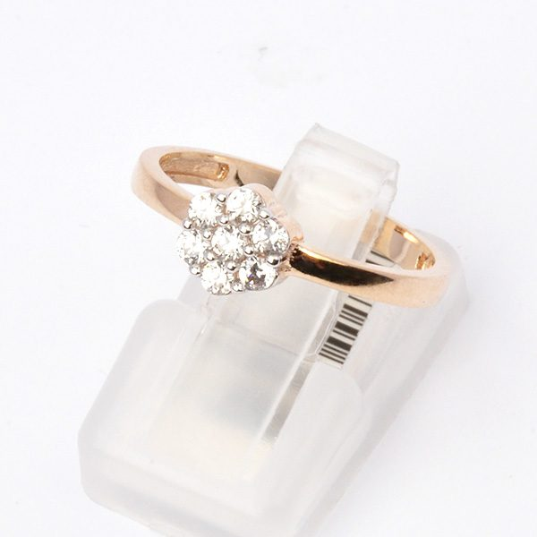 Gold ring with cubic zirconia Beck
