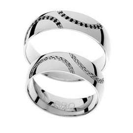 Timeless wedding rings